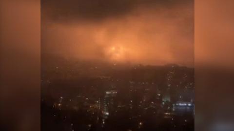 Видео из Сети. Ялта на несколько минут осталась без электричества из-за взрыва