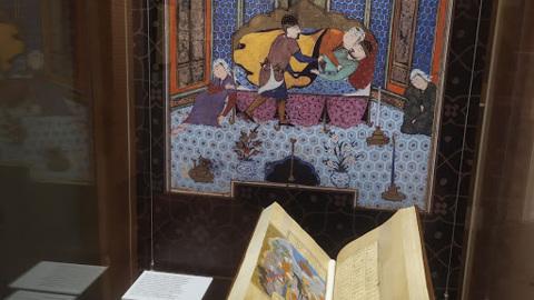 В Музее Востока великий Низами