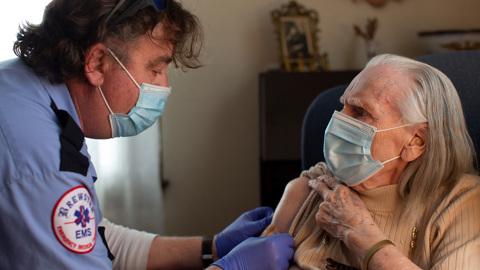 В Джорджии приостановили вакцинацию Johnson & Johnson из-за побочек