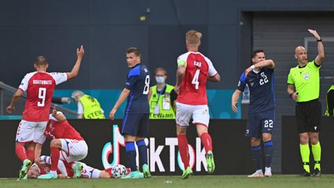 Врач сборной Дании рассказал подробности инцидента с Эриксеном