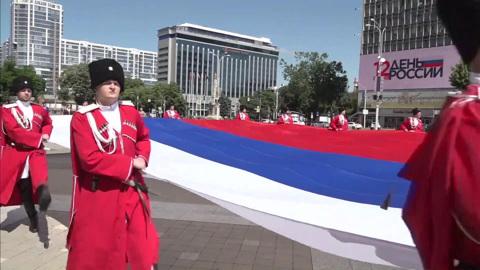 Коронавирус не хочет отступать: приехать в Кремль смогли не все