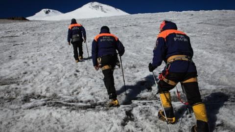 ЧП на Эльбрусе: 14 альпинистов спасены, пятеро погибли