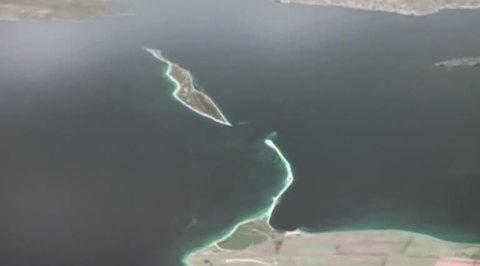 Перед строительством Керченского моста придется обезвредить 45 бомб