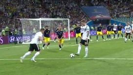 Тони Кроос на последних минутах матчах вырывает победу