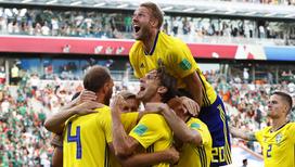 Сборная Швеции обыграла Мексику и вышла в плей-офф