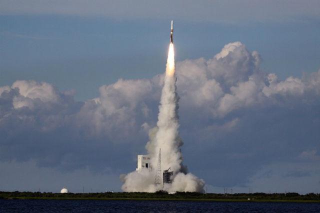 На какой ракете отправятся туристы в космос, пока не ясно