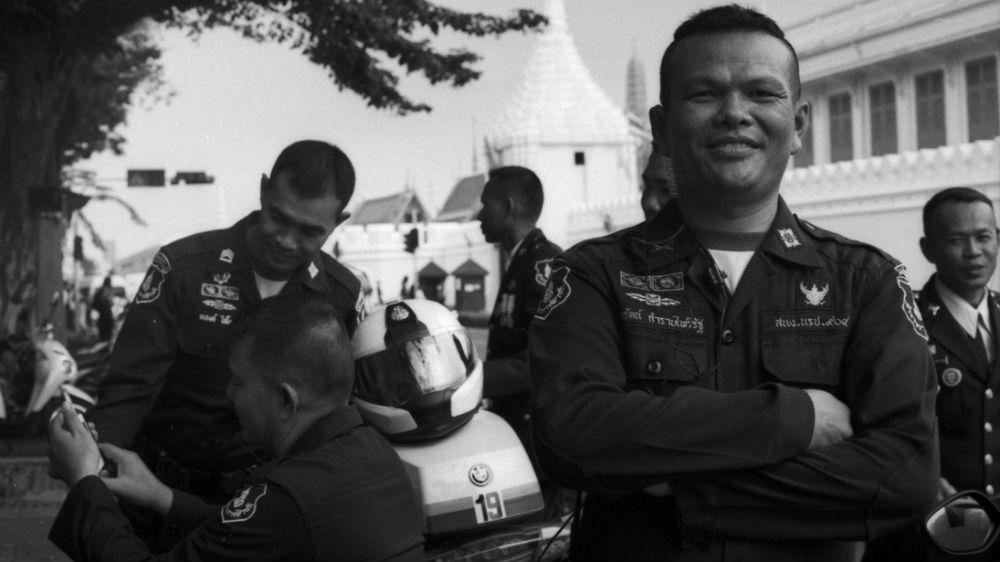 Полицейским Бангкока нет смысла брать взятки. Как этому не радоваться?