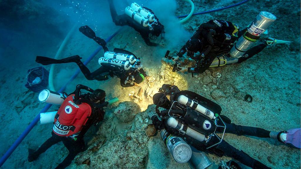 Антикитера. Момент обнаружения человеческих останков. Фото: Brett Seymour, EUA/WHOI/ARGO