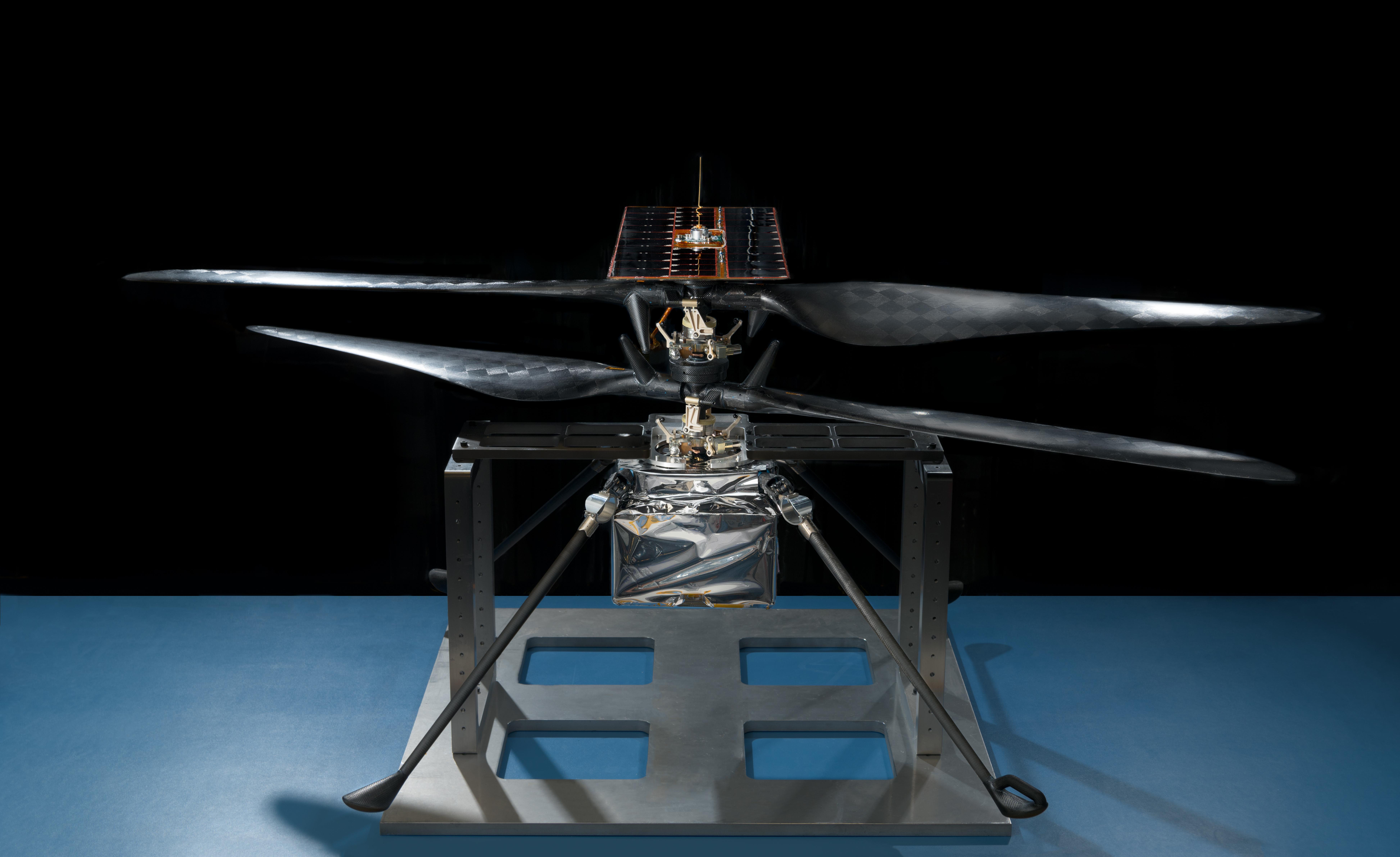 Винт, делающий 3000 оборотов в минуту, должен удержать аппарат в разреженной атмосфере Марса.