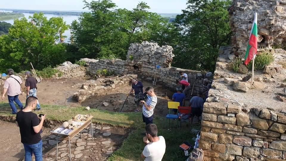 После раскопок специалисты планируют восстановить облик крепости Зиштова по сохранившимся гравюрам.