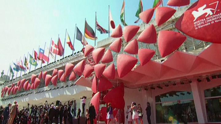 На Венецианском кинофестивале продолжаются конкурсные показы