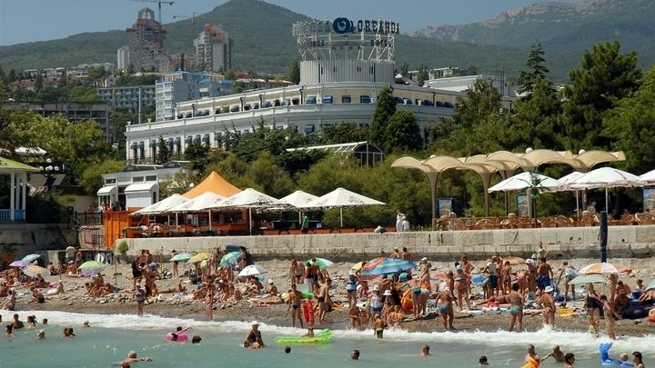 В Крыму повторно обследуют дно моря на восьми пляжах Большой Ялты