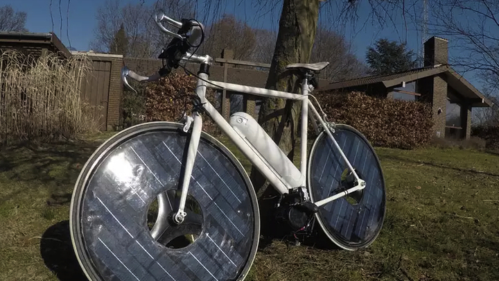 """Гаджеты за неделю: от """"солнечного"""" велосипеда до блинного принтера"""