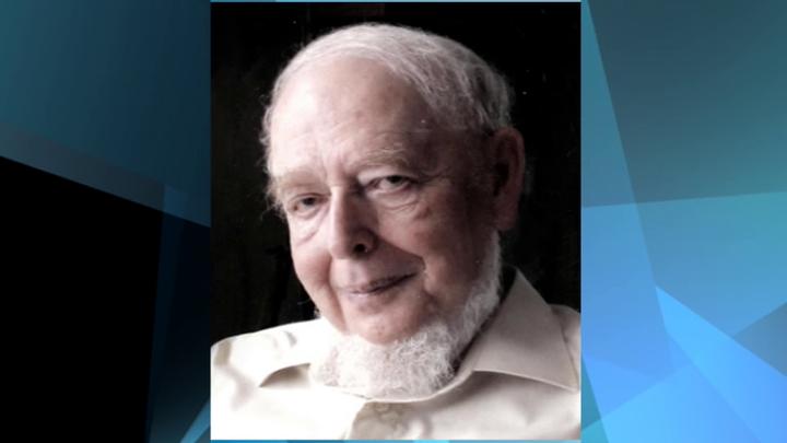 На 85-м году жизни скончался историк и культуролог Леонид Баткин