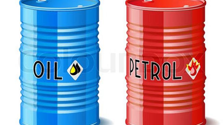 Нефть и бензин.