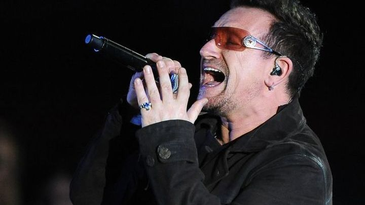 Группа U2 начала большое европейское турне