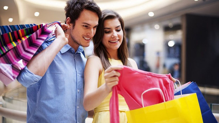 Как пережить совместный шопинг