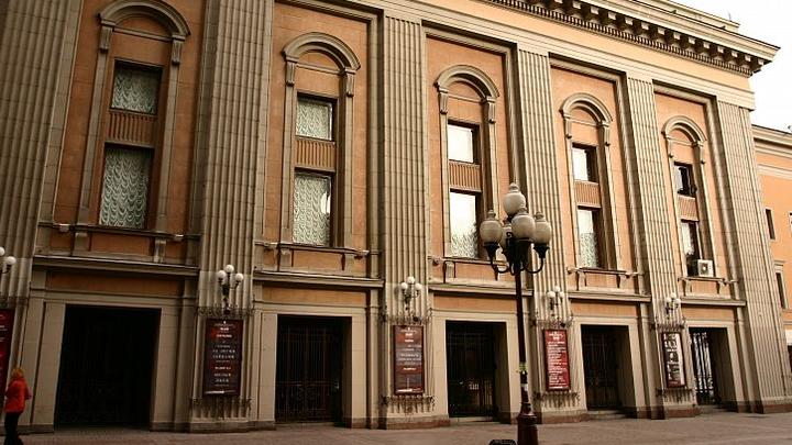 Театр имени Евгения Вахтангова открывает новую сцену. Парад премьер по случаю новоселья