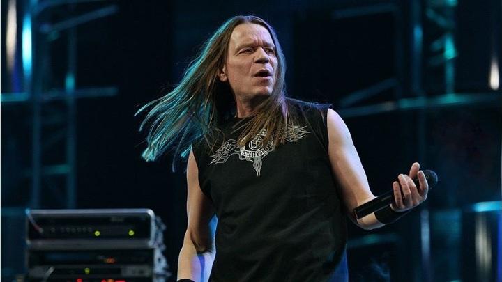 Валерий  Кипелов,   рок-музыкант, певец, композитор и автор песен.