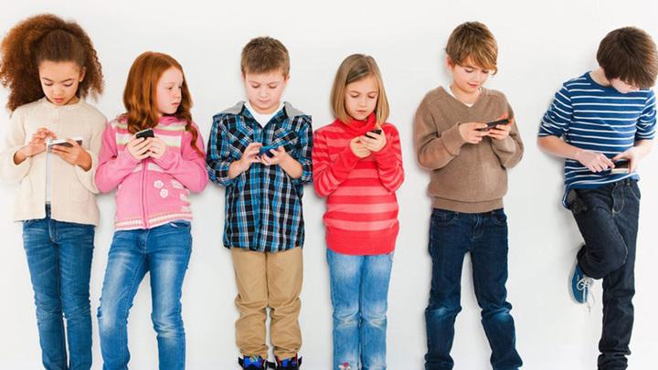 Лишь бы не плакало: подросткам разрешат торговать акциями