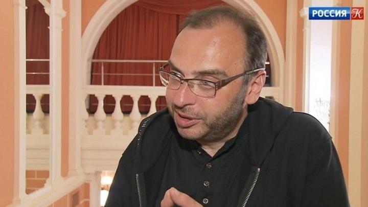 """В """"Геликон-опере"""" показали """"Женитьбу Фигаренко"""""""