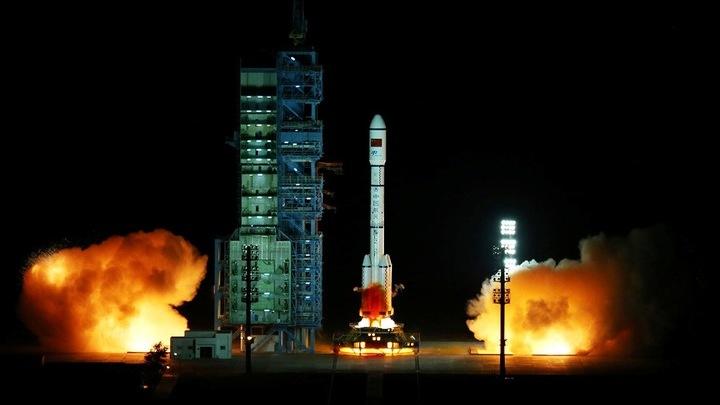 """Старт прошел успешно: 15 сентября ракета-носитель """"Чанчжэн 2F"""" вывела на орбиту научную лабораторию """"Тянгун-2""""."""