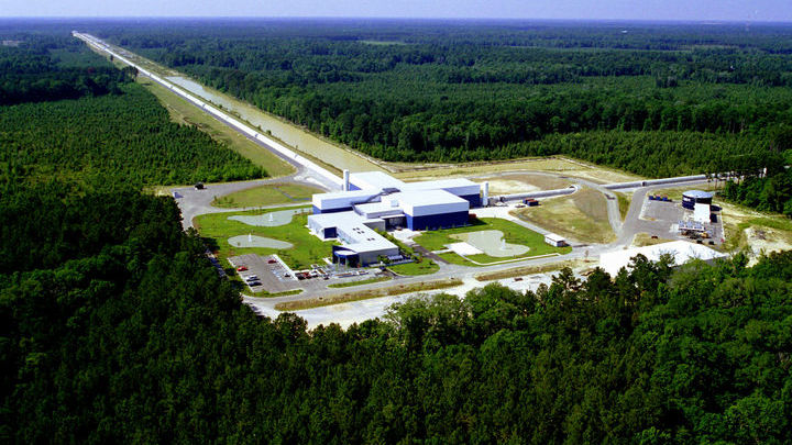 Детектор LIGO.