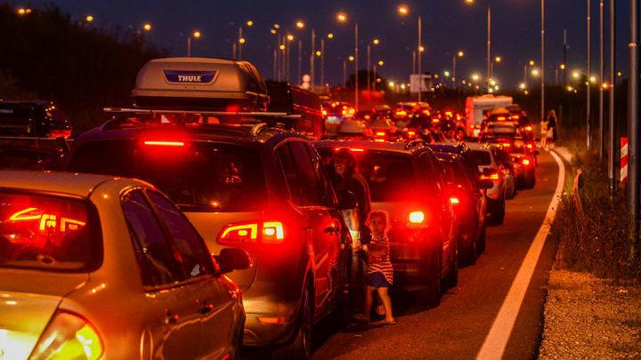 """Радар определяет положение автомобиля с точностью до нескольких сантиметров. В темноте и при плохой погоде эти """"знания"""" представляют особую ценность для автомобиля."""