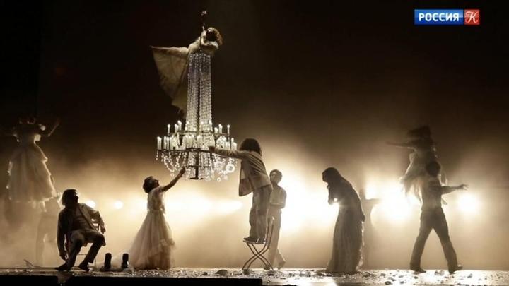 Известна программа Международного театрального фестиваля имени Чехова