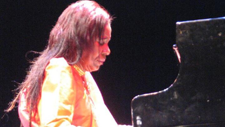 Американская джазовая арфистка, пианистка, композитор Алиса Колтрейн (Alice Coltrane). Author Filipe Ferreira (Meylan), France