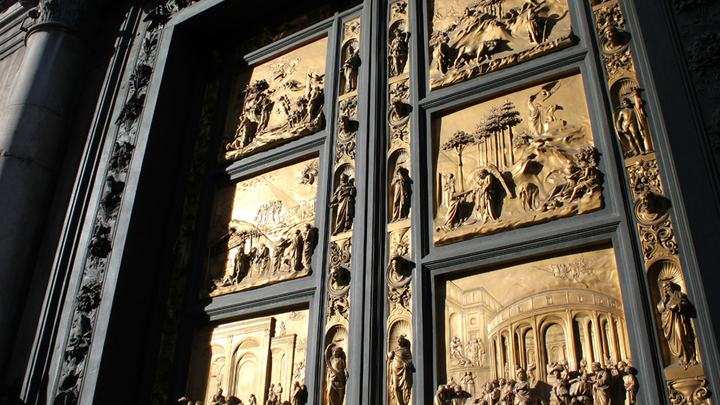 Баптистерий. Ворота «Рая» с сюжетами Ветхого завета Лоренцо Гиберти, 1425 год. Фото Леонида Варебруса