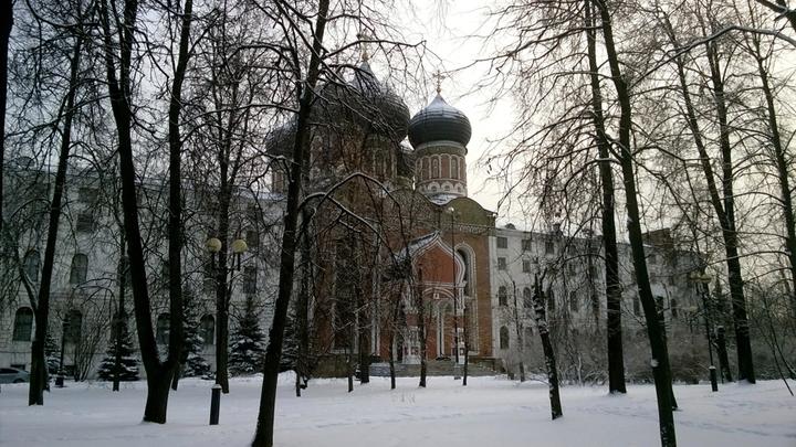 Измайлово-2019, Покровский собор зодчего Ивана Кузнечика, 1671 год и госпиталь-богадельня. Фото Леонида Варебруса