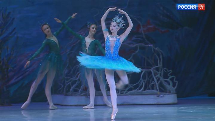 На сцене Кремлевского дворца прошел вечер Академии Русского балета им. Вагановой