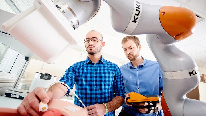 Исследователи испытывают новую установку, призванную заменить классические эндоскопические методы исследования.
