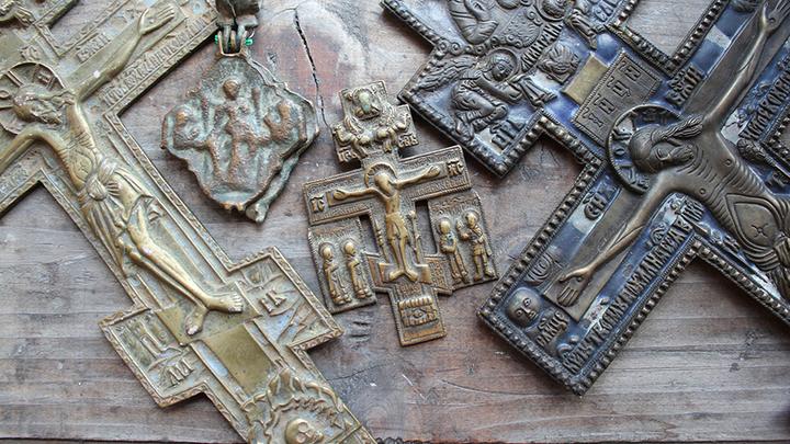 Тверь, 2019 год. Музейные предметы из старинной коллекции, ставшие «жертвами» войны. Были похищены в 1941 году и отправлены в Германию, возвращены в 2012 году. Фото Леонида Варебруса