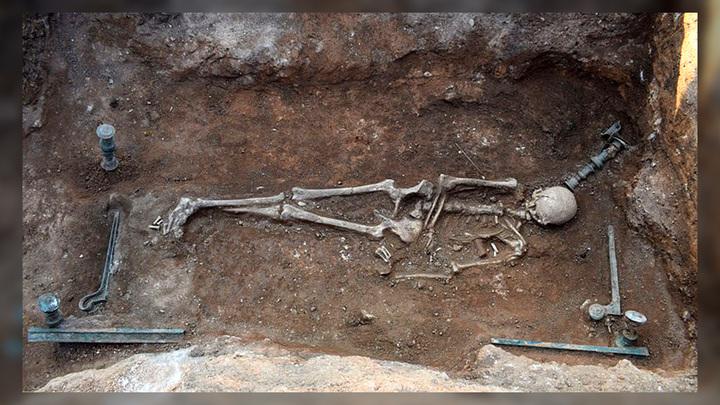 Захоронение женщины из Мавропиги. Фото: Kozani Ephorate of Antiquities