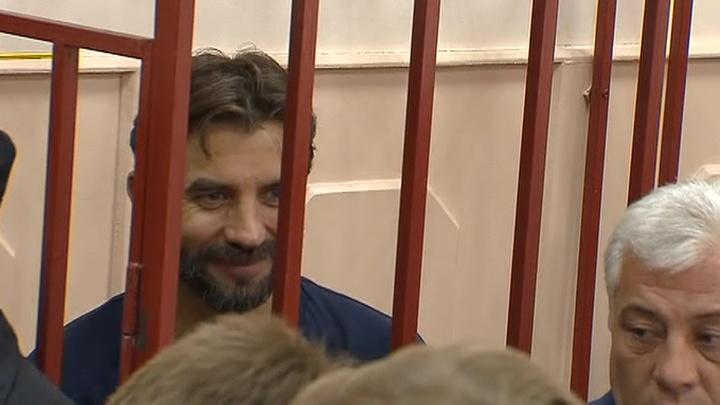 Экс-министру Абызову продлили срок ареста