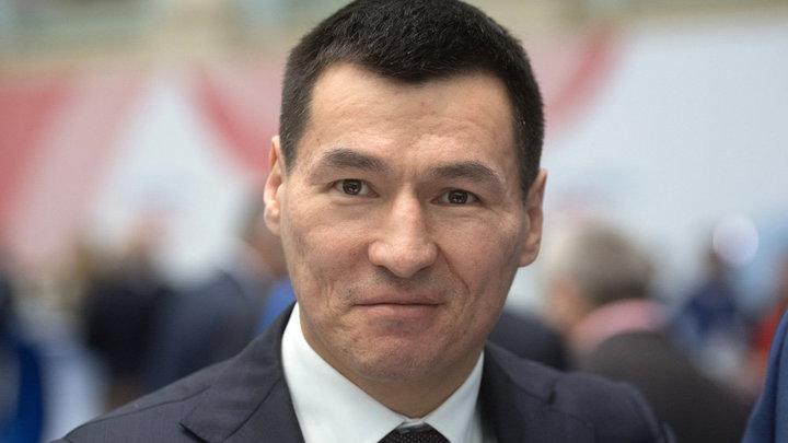 Глава Калмыкии Бату Хасиков выразил соболезнования родным погибших в крупном ДТП