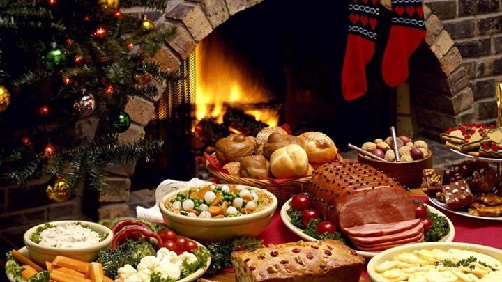 Россиянам вернут деньги за отмененные новогодние ужины в отелях Турции