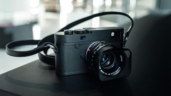 Камера Leica за полмиллиона рублей умеет снимать только чёрно-белые фото