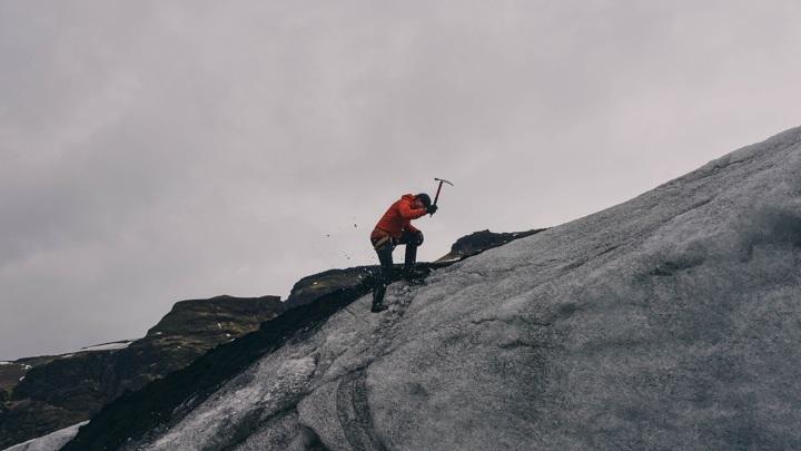 В древнем горном льду были обнаружены вирусы.