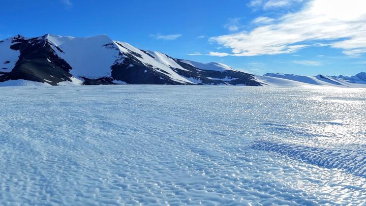 Голубой лёд Антарктиды является дверью в прошлое.