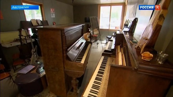 Пианисты из Австралии «спасают» старые фортепиано и находят им новых владельцев