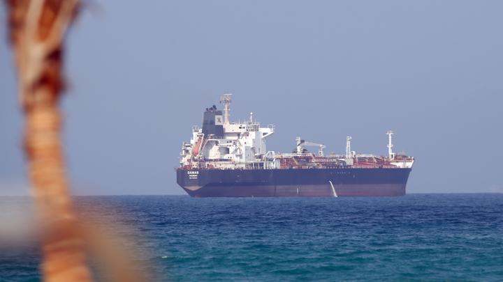Британское судно подверглось нападению у берегов Омана