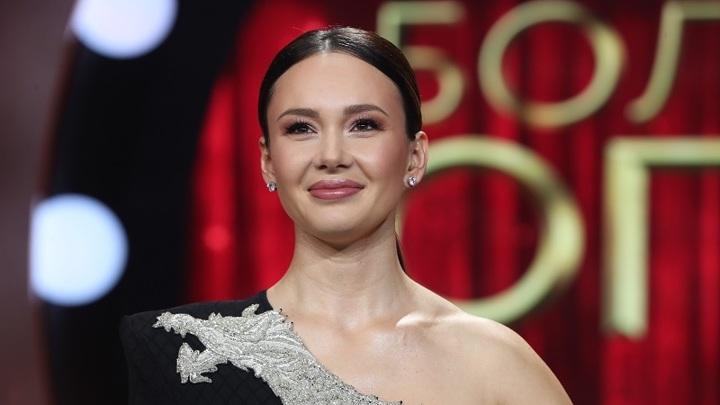 Российская оперная певица Аида Гарифуллина открыла Венский бал