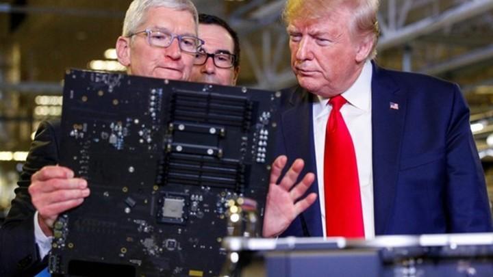 """""""Первый выпущенный в США Mac Pro"""" оказался у Трампа"""