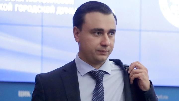 Суд заочно арестовал бывшего главу ФБК Ивана Жданова