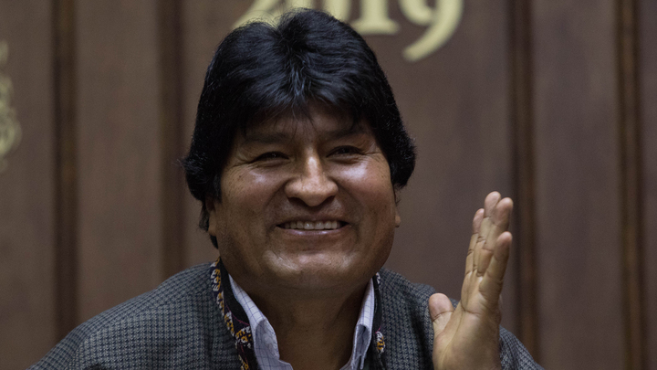 Экс-президент Боливии вылечился от ковида