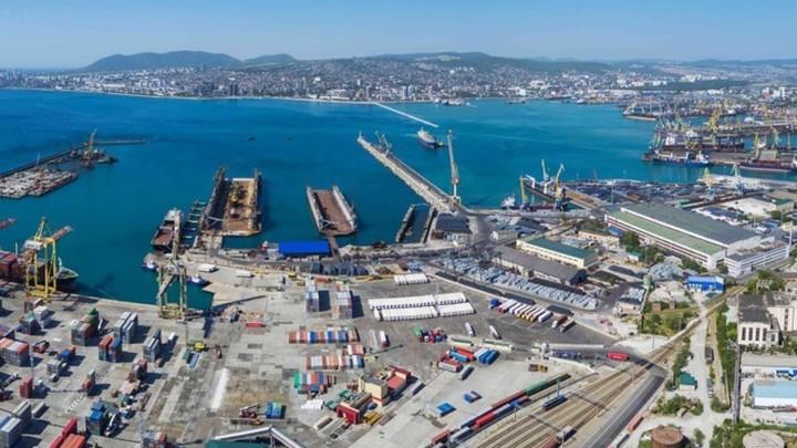 Новороссийский морской торговый порт заплатит 44,5 млн рублей за загрязнение моря