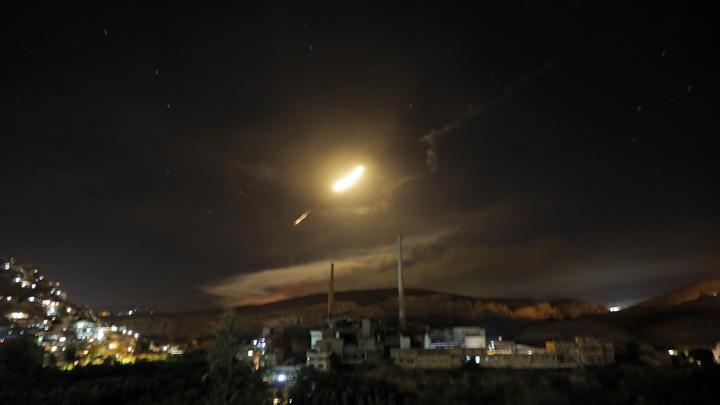 """Источник: """"Панцирь"""" и """"Бук"""" отбились от израильских ракет"""